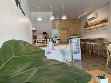 ร้านกาแฟ Warm house เล็กๆ อบอุ่น หน้าพระธาตุ